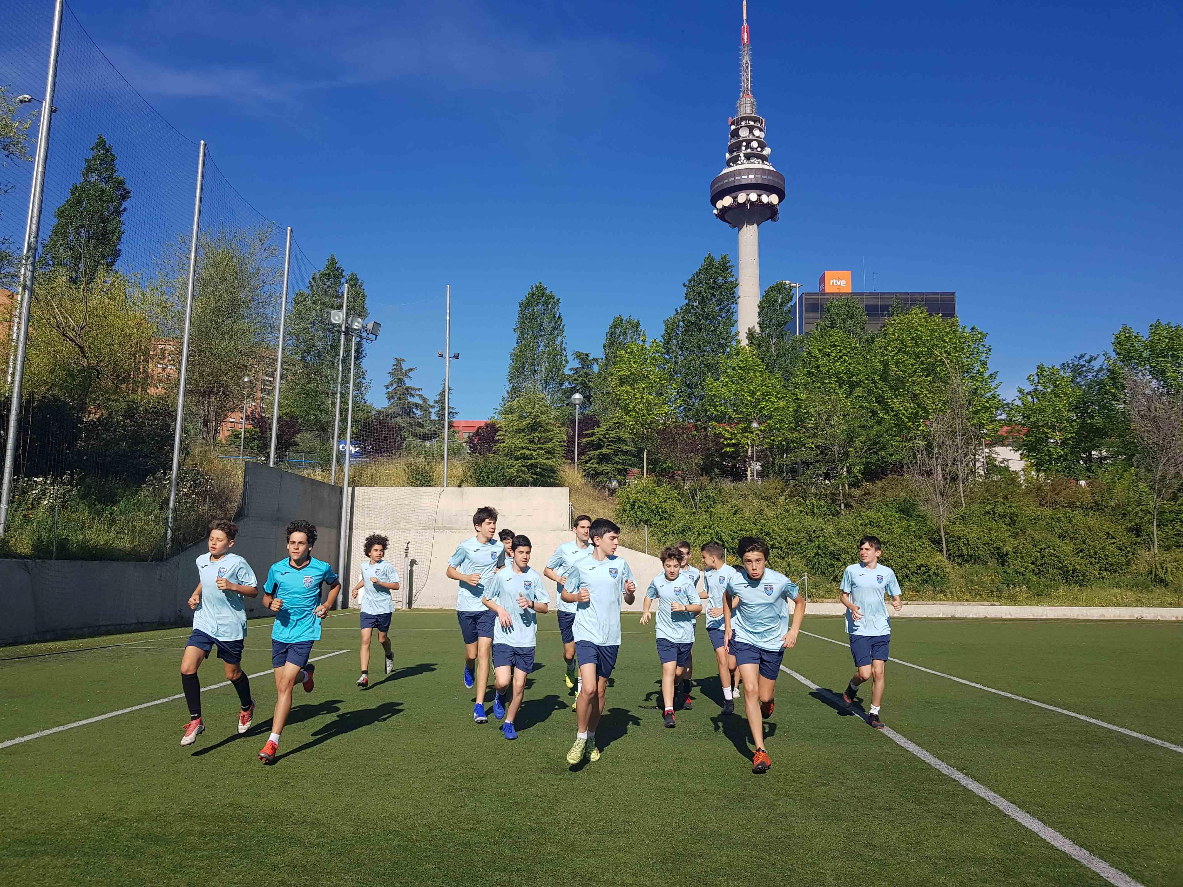 escuela-de-futbol-en-Madrid-escuela-Breogan